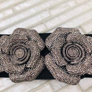 Accessories - Gorgeous starchy belt